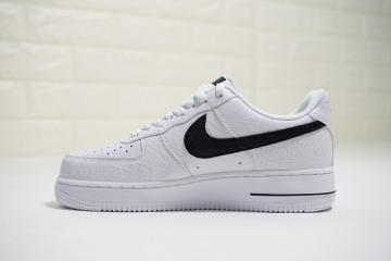 2476e1bee7eb Supreme x The North Face x Nike Air Force 1 Low White Black AR3066-100