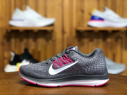 Nike Air Zoom Winflo 5 Running Shoes