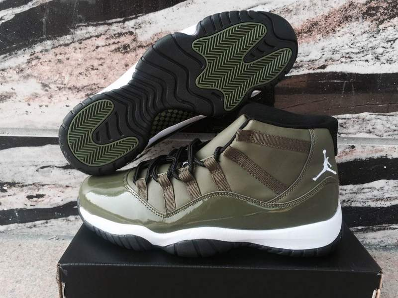 outlet store 45a04 10f7b ... Jordan XI 11 Retro olive green Men basketball Shoes 378037-421. Zoom