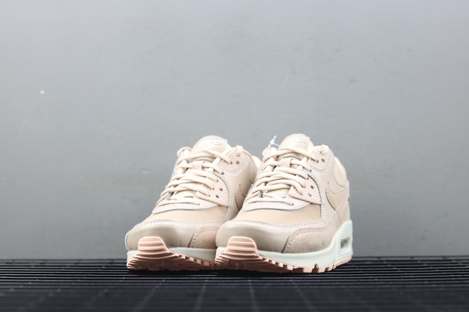 Nike WMNS Air Max 90 Premium Particle Beige Casual Shoes 896497 201