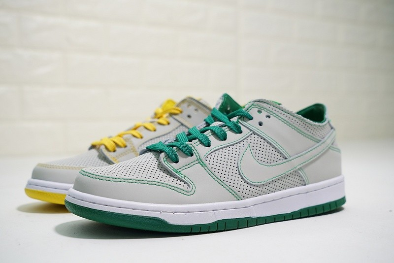 check out d4518 4f02f ... Nike SB Zoom Dunk Low Pro Decon Qs Ishod Wair White Verde Aloe  AR1399-113 ...