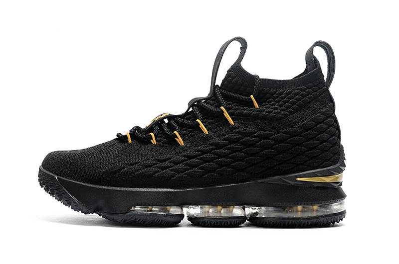 Selling - lebron 15 low youth - OFF74